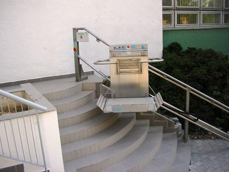 Želiezovce schodisko plošina